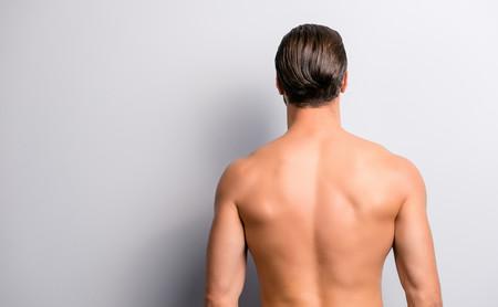 Estos son los ejercicios que te ayudan a mejorar el estado de tu espalda si sufres escoliosis