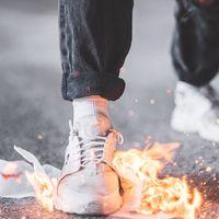 Las mejores ofertas de zapatillas hoy: Adidas, Vans y Superga más baratas