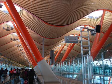 España sólo tiene diez aeropuertos rentables. ¿Alguien dijo burbuja?