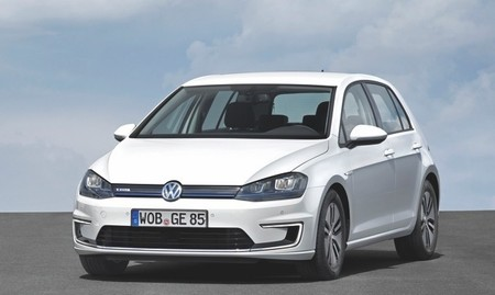 Volkswagen e-Golf blanco 1