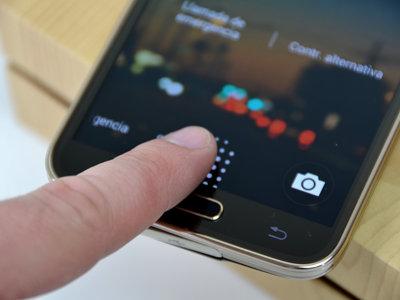 Se encuentra un bug con el que se pueden clonar las huellas dactilares en los Galaxy S5