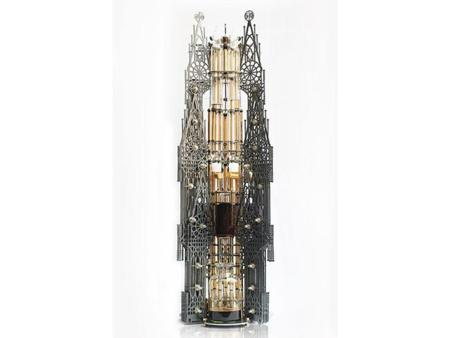 Steampunk Gothicism, una cafetera que parece una iglesia gótica