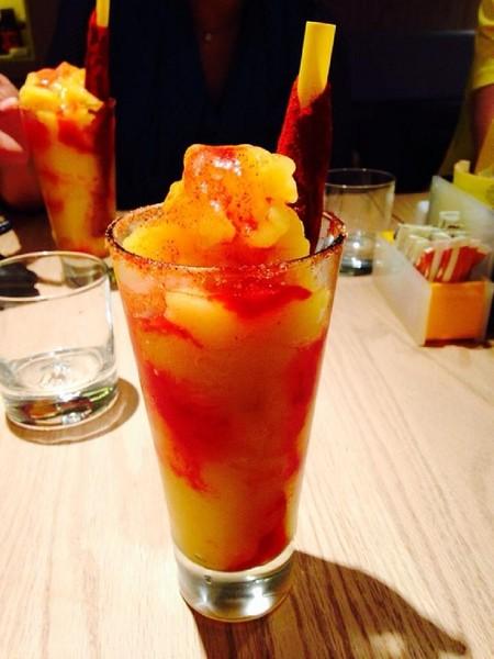 Chamoyada de mango con un toque de tamarindo. Receta fácil de smoothie