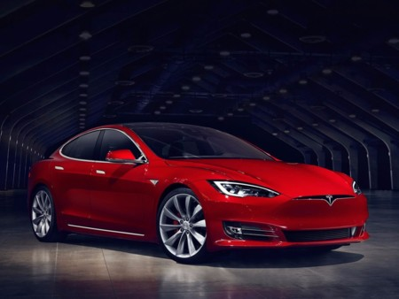 Así está arrasando Tesla Model S en el mercado de coches de lujo en Estados Unidos