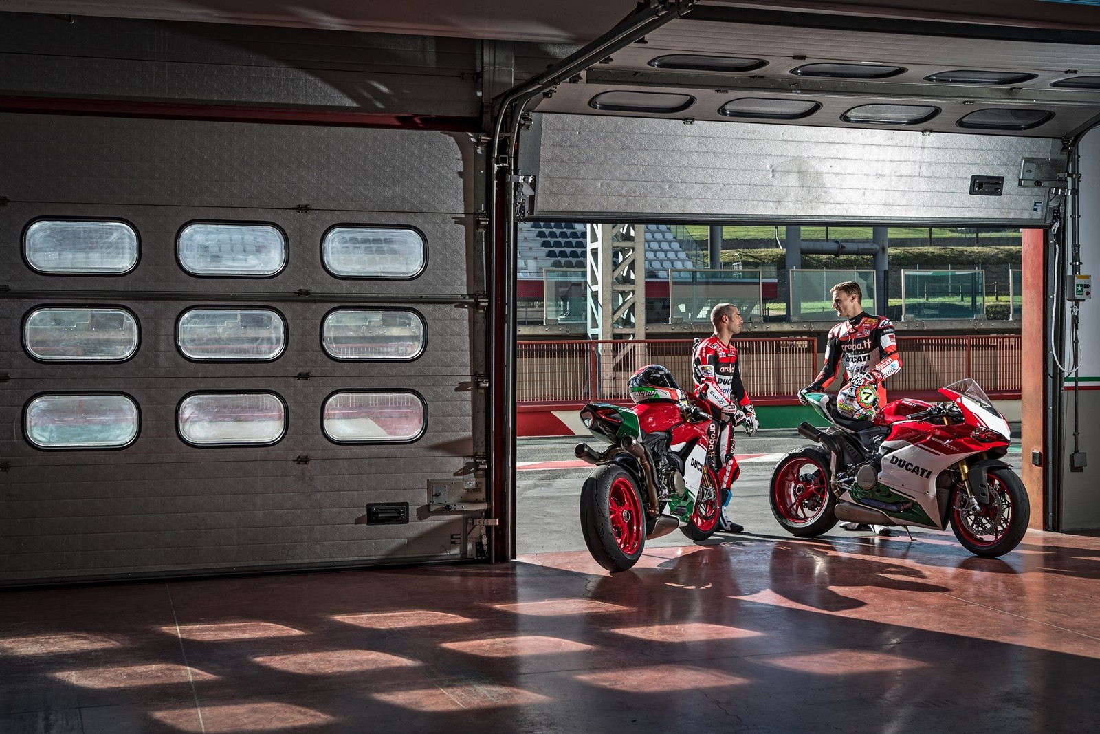 Foto de Ducati 1299 Panigale R Final Edition (19/58)