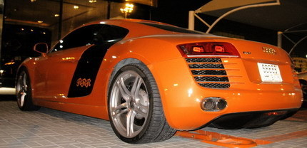 Audi R8 destinado al reparto de butano
