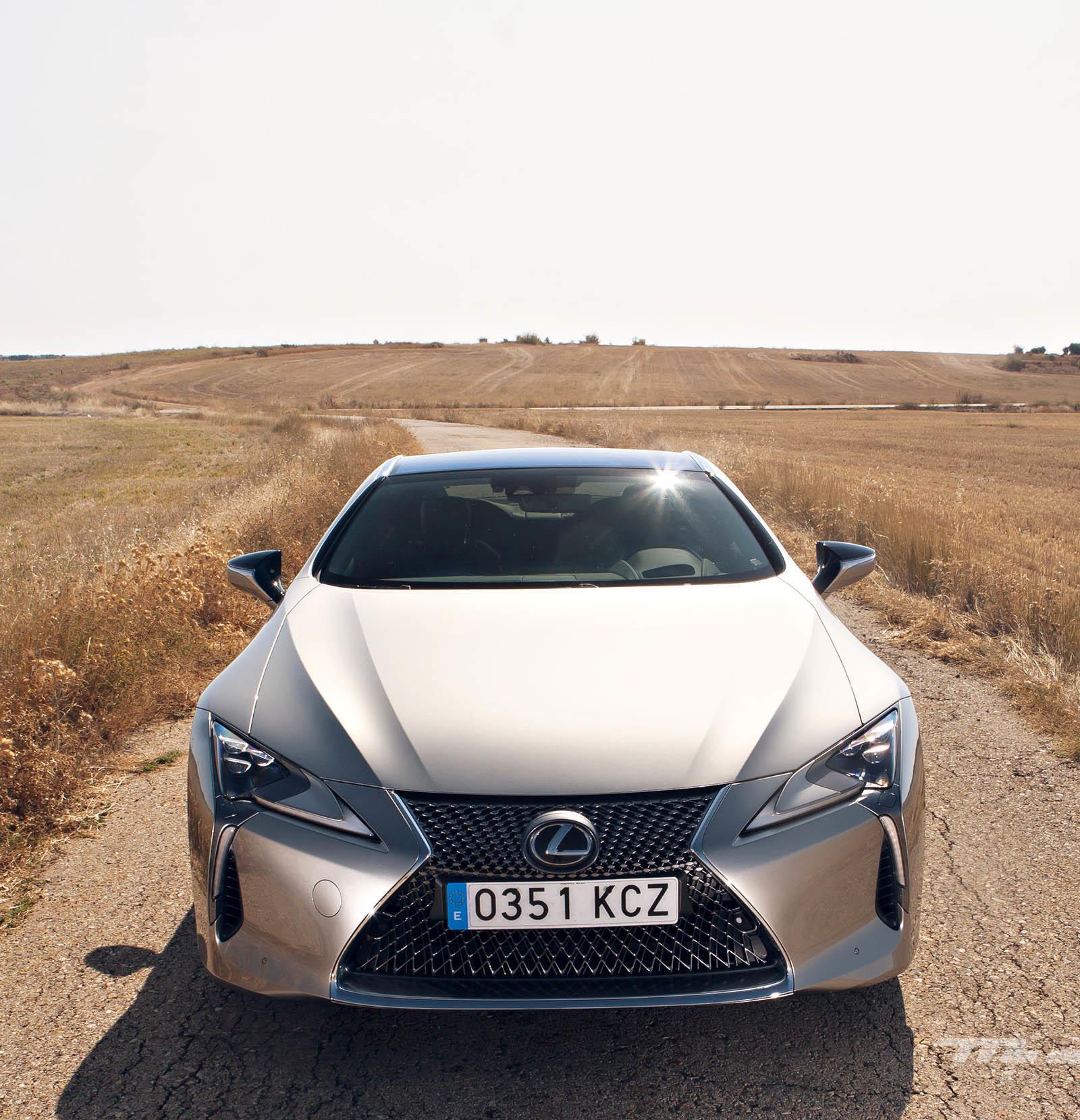 Foto de Lexus LC 500 (9/40)