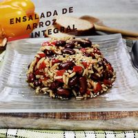 Ensalada de arroz integral. Receta saludable en video