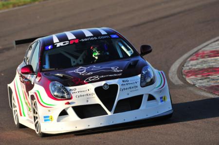 El Alfa Romeo Giulietta TCR ya rueda en pista