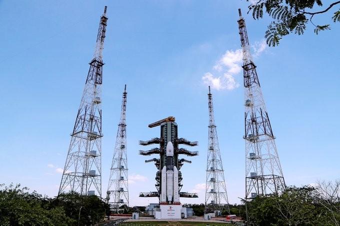 India se prepara para ser el 4º país que viene a la Luna: tras unos cuantos atrasos intentará prorrumpir su misión al polo sur hoy