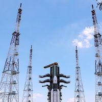 India se prepara para ser el cuarto país que llega a la Luna: tras varios retrasos intentará lanzar su misión al polo sur hoy