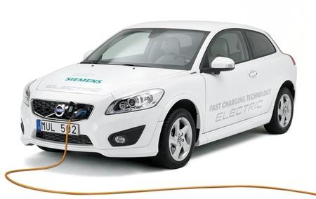 Nuevo Volvo C30 eléctrico, ahora con recarga semi-rápida