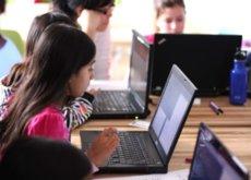 El desarrollo no es país para chicas... según la encuesta anual de Stack Overflow, por lo menos