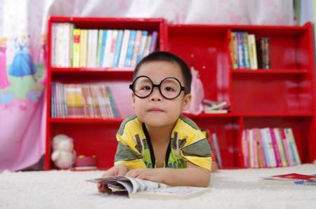 Cinco aplicaciones y otras herramientas para enseñar a leer a los más pequeños