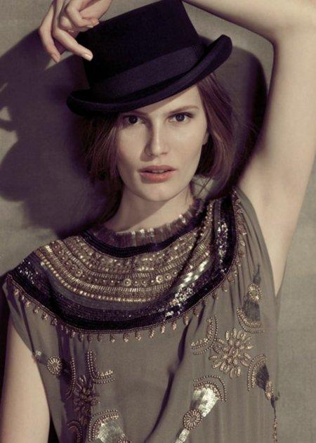 Catálogo Hoss Intropia Otoño-Invierno 2011/2012: una mujer romántica