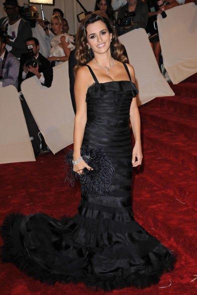 El look de Penélope Cruz en la gala MET 2011