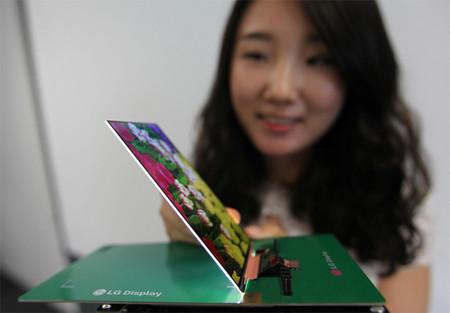 LG nos presume su pantalla Full HD más delgada del mercado