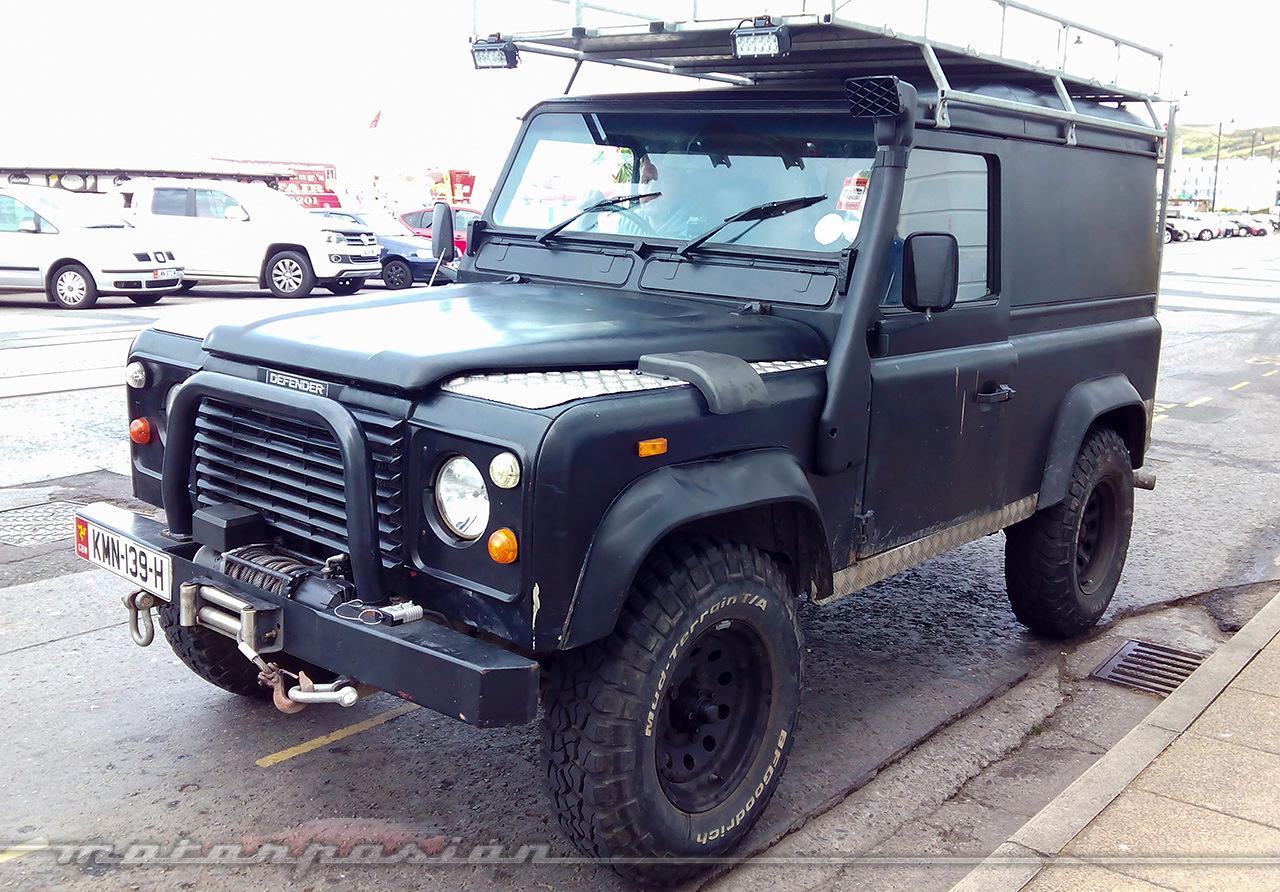 Foto de Land Rover Defender (2/15)
