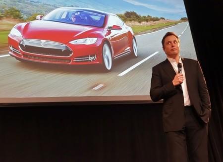 Cuando un tweet de Elon Musk hace rebotar las acciones de Tesla Motors