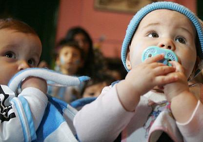 Mil euros de ayuda para fomentar la natalidad en la provincia de Burgos