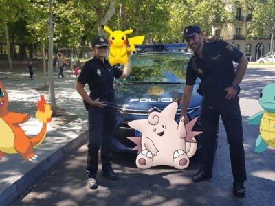 Juega a Pokemon Go de forma segura con estas recomendaciones de la Policía