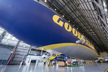El Zeppelin De Goodyear 3