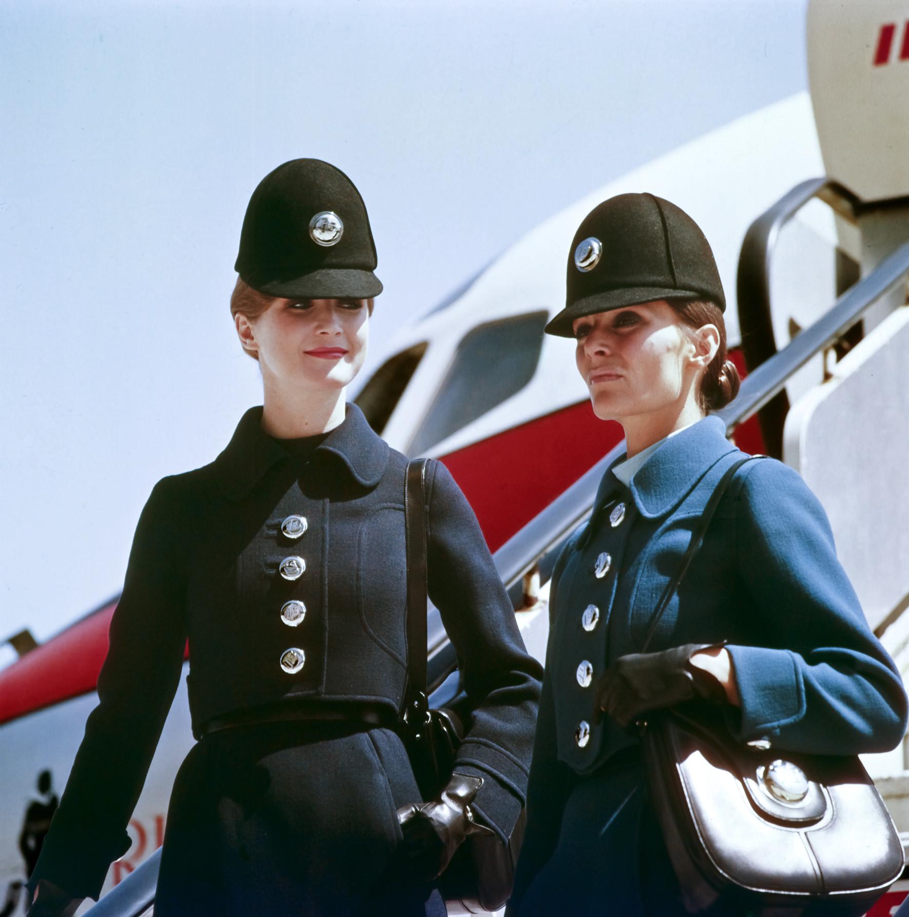 Foto de Histórico sobre los outfits de la tripulación de Iberia (1/11)