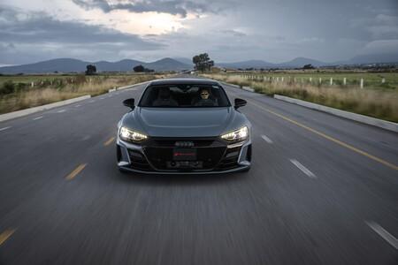Audi RS e-tron GT 10