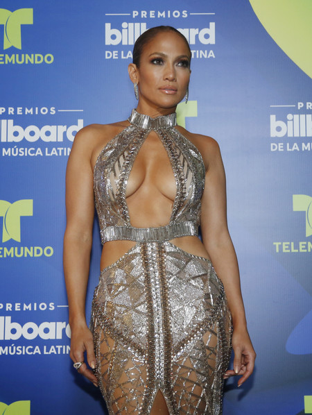 jennifer lopez billboard awards look outfit estilismo