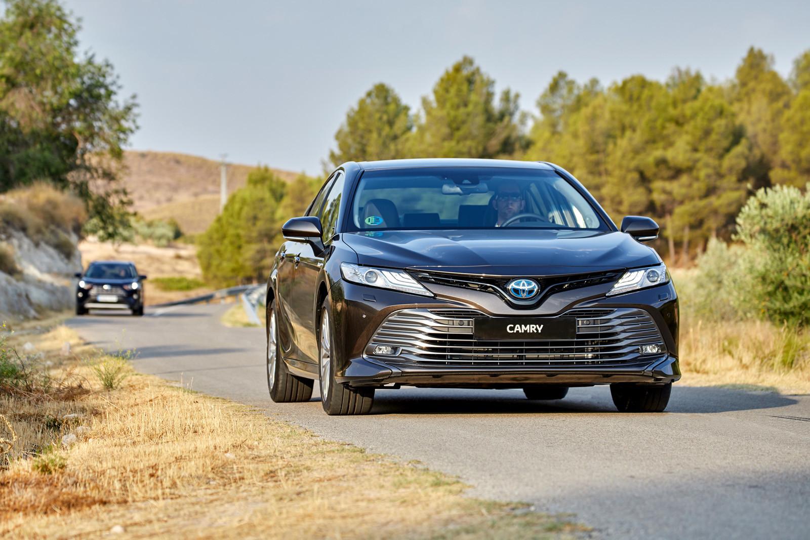 Foto de Toyota Camry 2020 (presentación) (46/75)