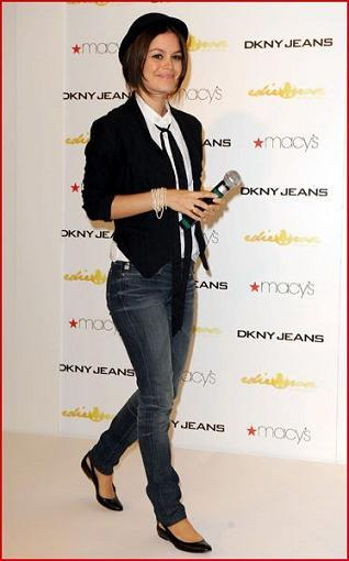 rachel-billson-launches-her-new-jeans-collection-at-macys-71.jpg