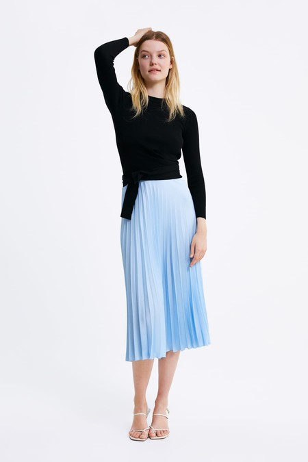 260857c42 13 faldas de Zara, Mango, H&M que serán tendencia esta primavera
