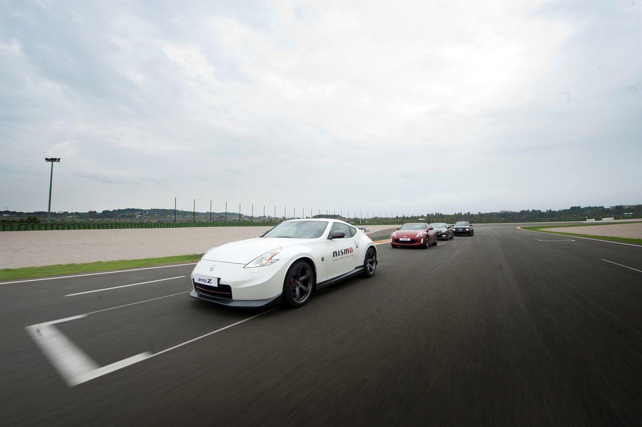Foto de Gama deportiva Nissan (35/50)