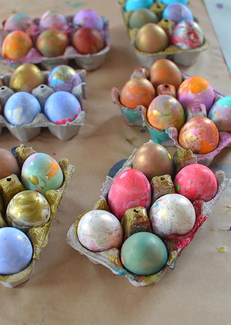 Decoracion Huevos De Pascua Con Cepillos De Dientes Y Acuarela 3