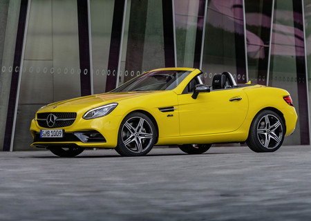 Así es el Mercedes-Benz SLC Final Edition: colorido colofón para la tercera generación de este roadster