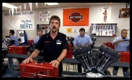 Instituto de Mecánica de Motocicletas, aprende a ser un mecánico de Harley Davidson