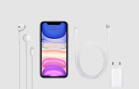 Es 2019 y el iPhone 11 de 809 euros incluye en su caja el mismo cargador de 5W sin carga rápida del iPhone 4