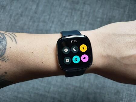 Fitbit Sense Versa 3 Analisis Review Experiencia De Uso A Fondo Mexico Desempeno Renovacion Interfaz