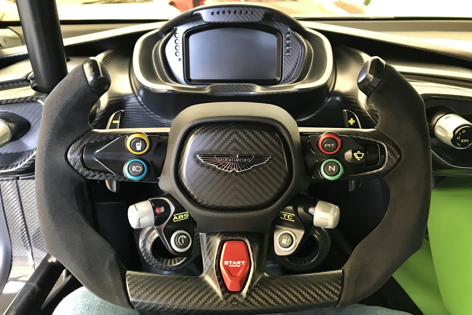 Foto de Aston Martin Vulcan (3/15)