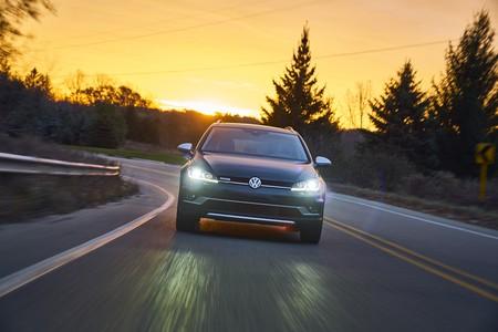 Volkswagen Golf Alltrack y Sportwagen salen de producción