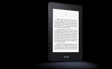 El Kindle de Amazon cumple 10 años: esta ha sido su evolución en imágenes