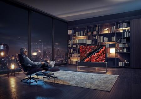 ¿No te gusta ver el televisor en el salón a todas horas? Llega a España la primera televisión enrollable del mundo