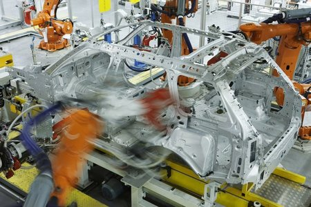 Jaguar Land Rover proclama una inversión de 465 millones para el nuevo Range Rover