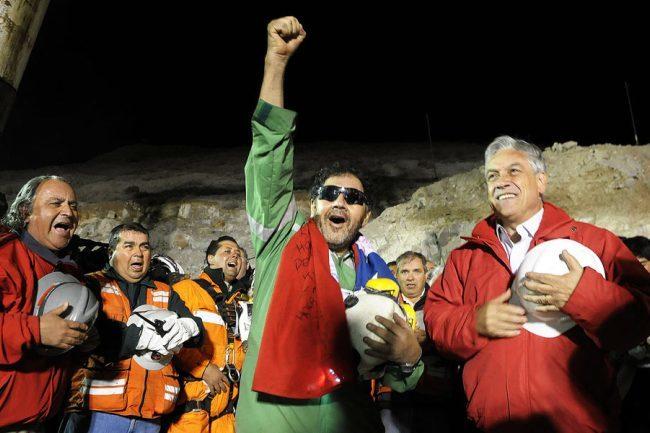 Florencio Ávalos, el primero de los mineros chilenos que fue rescatado