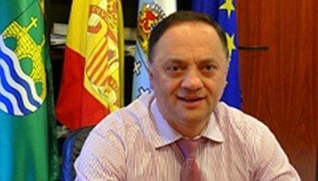 """El alcalde de un municipio gallego justifica la compra de una tablet: """"los diputados tienen una"""""""