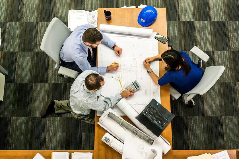 ¿Trabajo en equipo o un equipo que trabaja?