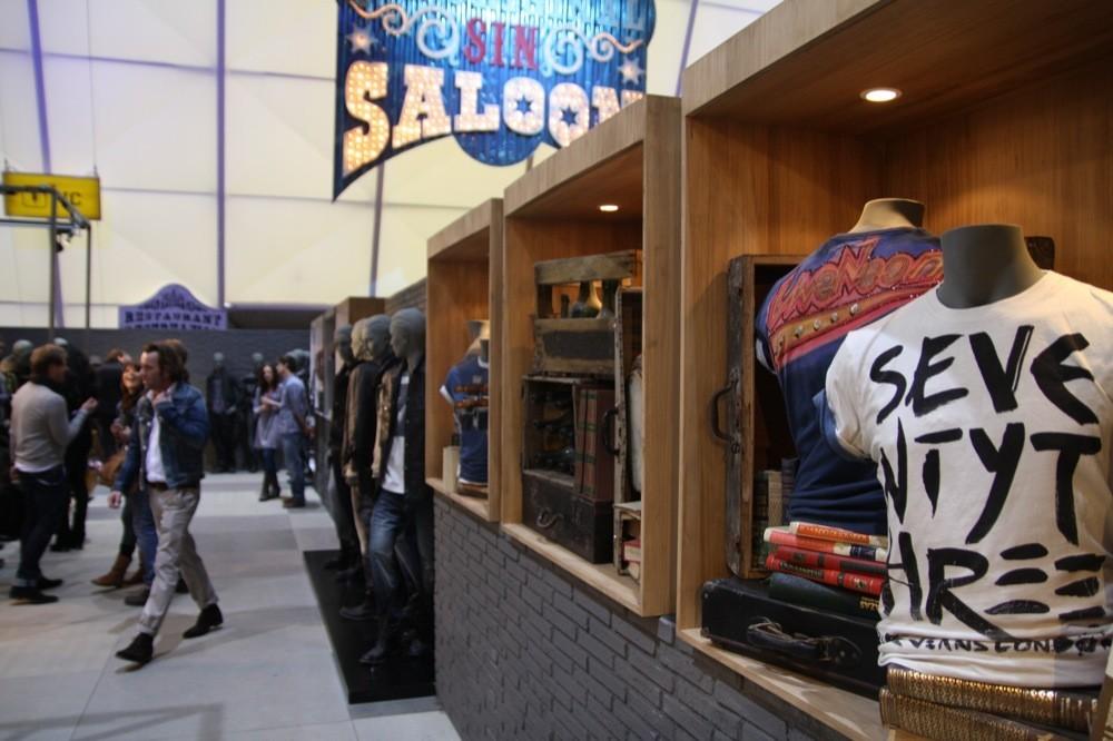 Foto de Bread & Butter Invierno 2010: Desigual, Pepe Jeans, BOSS Orange, moda denim (19/29)