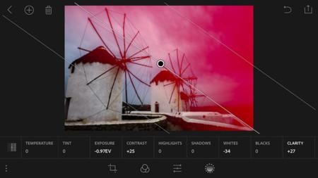 Lightroom para móviles se actualiza con soporte para RAW y captura con controles manuales en DNG