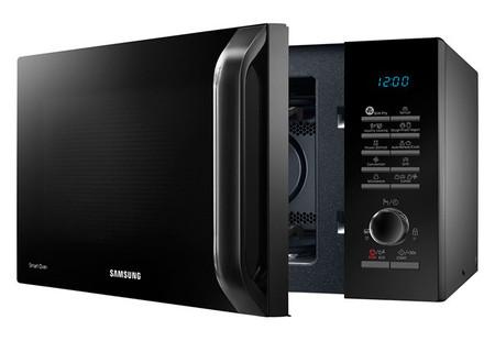Samsung ya tiene su propio microondas con el que promete freír alimentos sin aceite