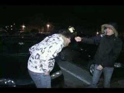Que no te golpeen la cabeza con una botella de cerveza